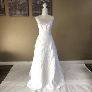 Ginnis Bridal White Wedding Dress